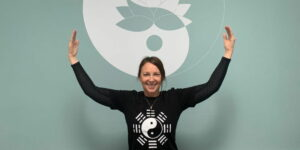 Live streaming qi gong zoom classes from Jenna Robins